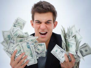 Украинцы все чаще берут кредиты «до зарплаты»