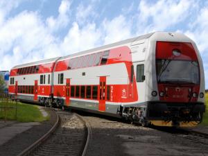 Двухэтажный поезд совершил первый рейс