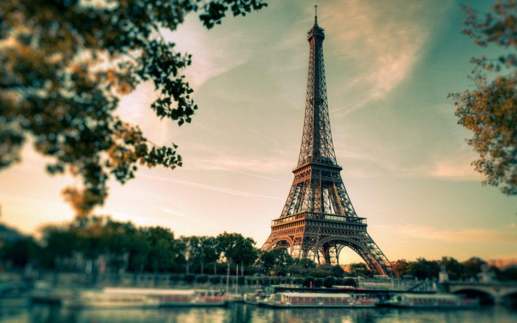 Парижанам будут раздавать семена для озеленения балконов