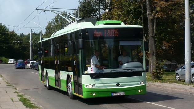 5 городов собирались «купить» троллейбусы по 5 млн грн., хотя стоят они 3,5 млн