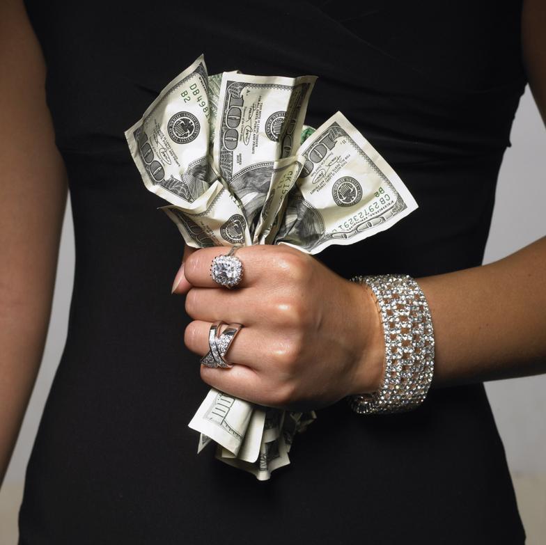 женщина_деньги